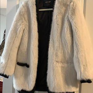 Nasty Gal dolls kill white fur coat fluffy size sm